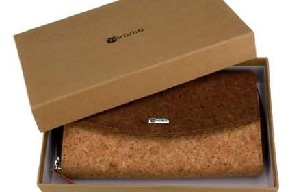 Cork_Purse_Deluxe_packaging